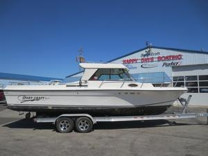 Used Sportcraft 270270 Freshwater Fishing Boat For Sale