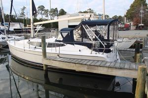 Used Marlow-Hunter 33 Cruiser Sailboat For Sale