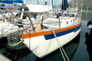 Used Slocum 43 Pilothouse Cruiser Sailboat For Sale