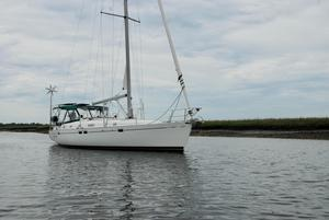 Used Beneteau 461 Sloop Sailboat For Sale