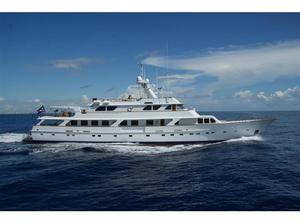 Used Picchiotti TRI Deck Motor Yacht Motor Yacht For Sale