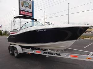 Used Nauticstar 2000 XSDC Sports Fishing Boat For Sale