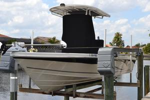 Used Sea Chaser 250 LX Bay Runner Saltwater Fishing Boat For Sale