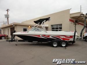 Used Mb B-52B-52 Ski and Wakeboard Boat For Sale