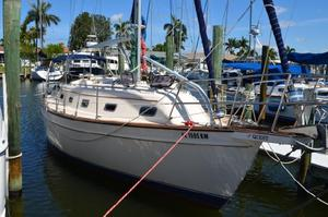 Used Island Packet Yachts 350 Cruiser Sailboat For Sale