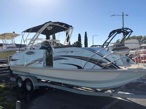 New Caravelle Razor 257 UR Power Catamaran Boat For Sale