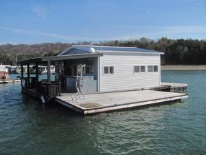 Used Custom 20 X 24 Floating Cottage House Boat For Sale