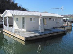 Used Custom 450 SQFT Floating Cottage House Boat For Sale