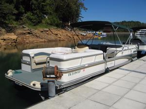 Used Fisher Freedom 240 DLX Pontoon Boat For Sale