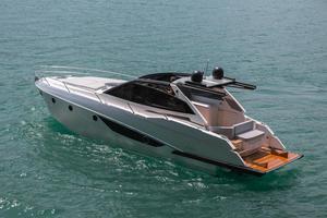 New Rio Yachts Parana 38 Motor Yacht For Sale
