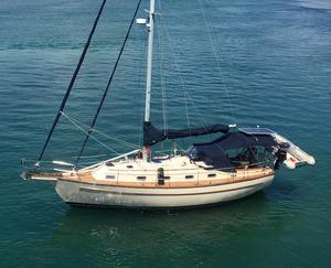 Used Island Packet 37 Cruiser Sailboat For Sale