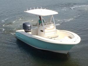 New Pioneer 222 Sportfish Sports Fishing Boat For Sale