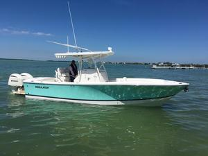 New Regulator 28 Forward Seating Center Console Fishing Boat For Sale