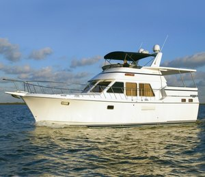 Used Heritage East 42' Sundeck Motor Yacht For Sale
