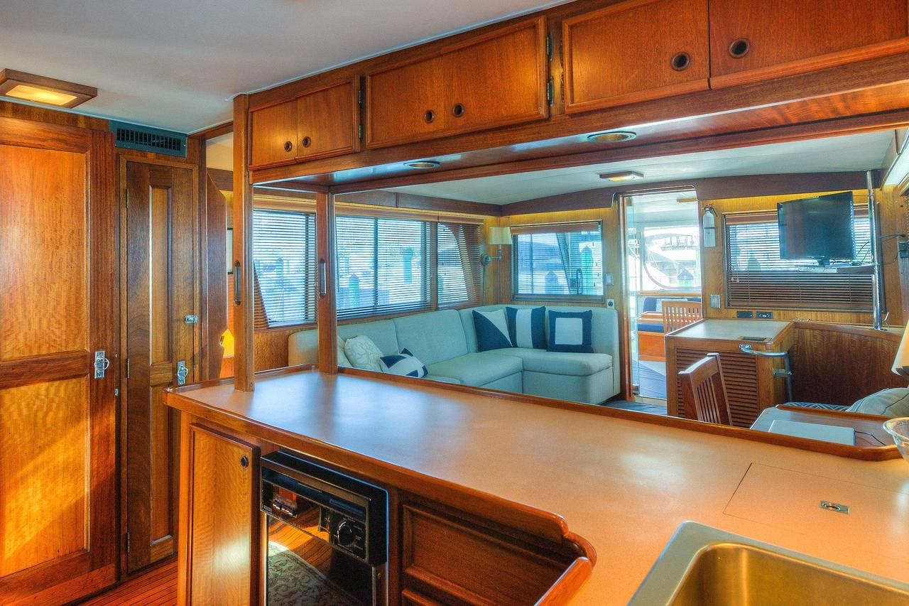 1976 Used Hatteras 58 Long Range Cruiser LRC Motor Yacht For Sale ...