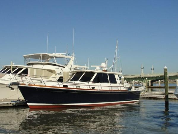 Used Grand Banks 45 Eastbay SX Cruiser Boat For Sale