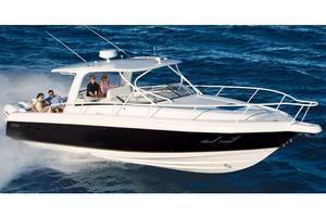 Used Intrepid 390 Sport Yacht Express Cruiser Boat For Sale