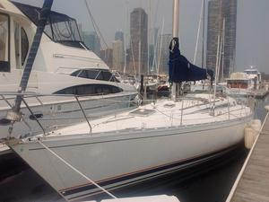 Used Beneteau Frist Cruiser Sailboat For Sale