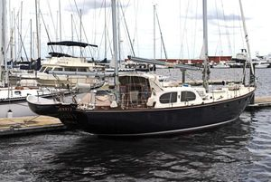 Used Palmer Johnson 44 Pearson Countess Cruiser Sailboat For Sale