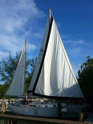 Used Whitby Yachts 42 Center Cockpit Center Cockpit Sailboat For Sale