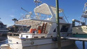 Used Defever 48 Tri-cabin Motor Yacht For Sale