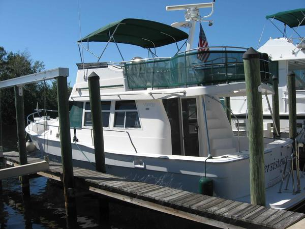 Used Mainship 39 Trawler Motor Yacht For Sale