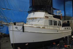 Used Grand Banks Classic Express Cruiser Boat For Sale