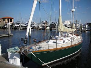 Used Hinckley Bermuda 40 MK II Yawl Sailboat For Sale