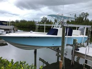 Used Sea Vee 270Z Center Console Fishing Boat For Sale