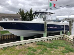 Used Everglades 325cc Sports Fishing Boat For Sale