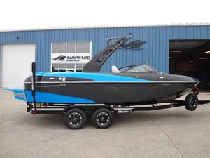 New Malibu Wakesetter 22 VLXWakesetter 22 VLX Ski and Wakeboard Boat For Sale