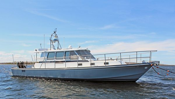 Used New England Boatworks Hood Custom Expedition Motor Yacht For Sale