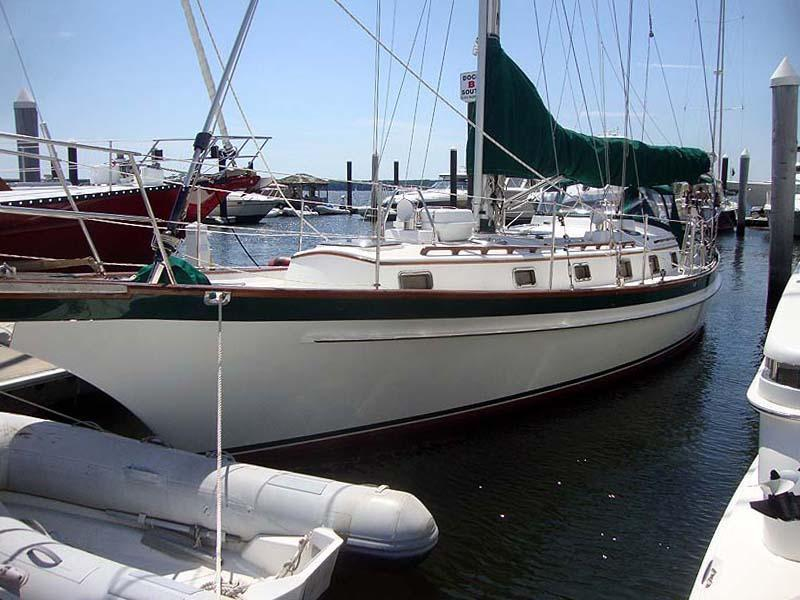 2006 Used Chuck Paine 42 Cruiser Sailboat For Sale - $349,000