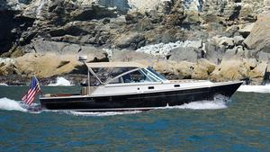 Used Hunt Yachts Harrier 36 Cruiser Boat For Sale