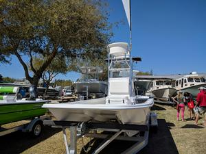 New Twin Vee 22 Baycat 1/2 Tower Center Console Fishing Boat For Sale