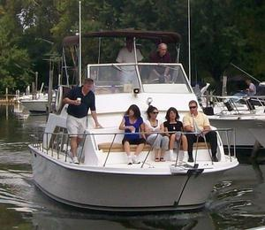 Used Carver 33 Mariner Cuddy Cabin Boat For Sale