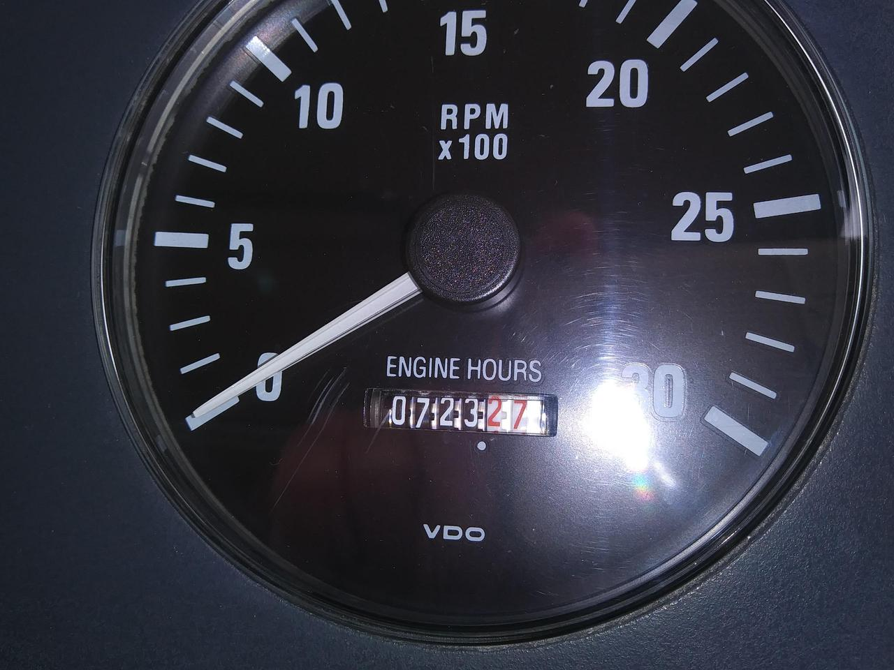 1994 Used Tiara 4000 Express Motor Yacht For Sale 149900 Port Vdo Engine Synchronizer Gauge Wiring Diagram
