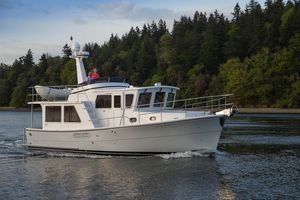 New Helmsman Trawlers 38E Pilothouse Motor Yacht For Sale