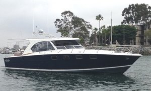 Used Magnum 38 Express Cruiser Boat For Sale