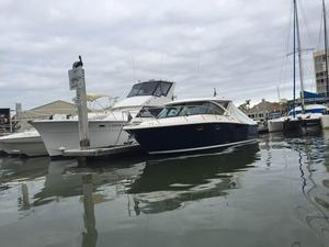 Used Tiara 31 Diesel Express Cruiser Boat For Sale
