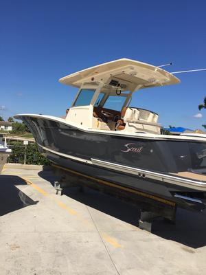 Used Scout 300 LXF Center Console Fishing Boat For Sale