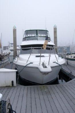 Used Carver Voyager 37 Cruiser Boat For Sale
