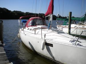 Used Beneteau 350 Oceanis Cruiser Sailboat For Sale