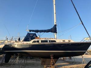Used Newport Cruiser Sailboat For Sale