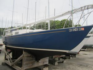 Used Kenner Kittiwake Daysailer Sailboat For Sale