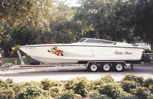 Used Formula 272 SR1 High Performance Boat For Sale
