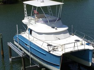 Used Fountaine Pajot Highland 35 Power Catamaran Boat For Sale