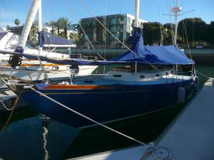 Used Hinckley Bermuda 40 Antique and Classic Boat For Sale