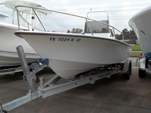 Used Kenner 23 V-250 Center Console Fishing Boat For Sale