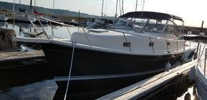 Used Mainship Pilot 34 Convertable Express Cruiser Boat For Sale